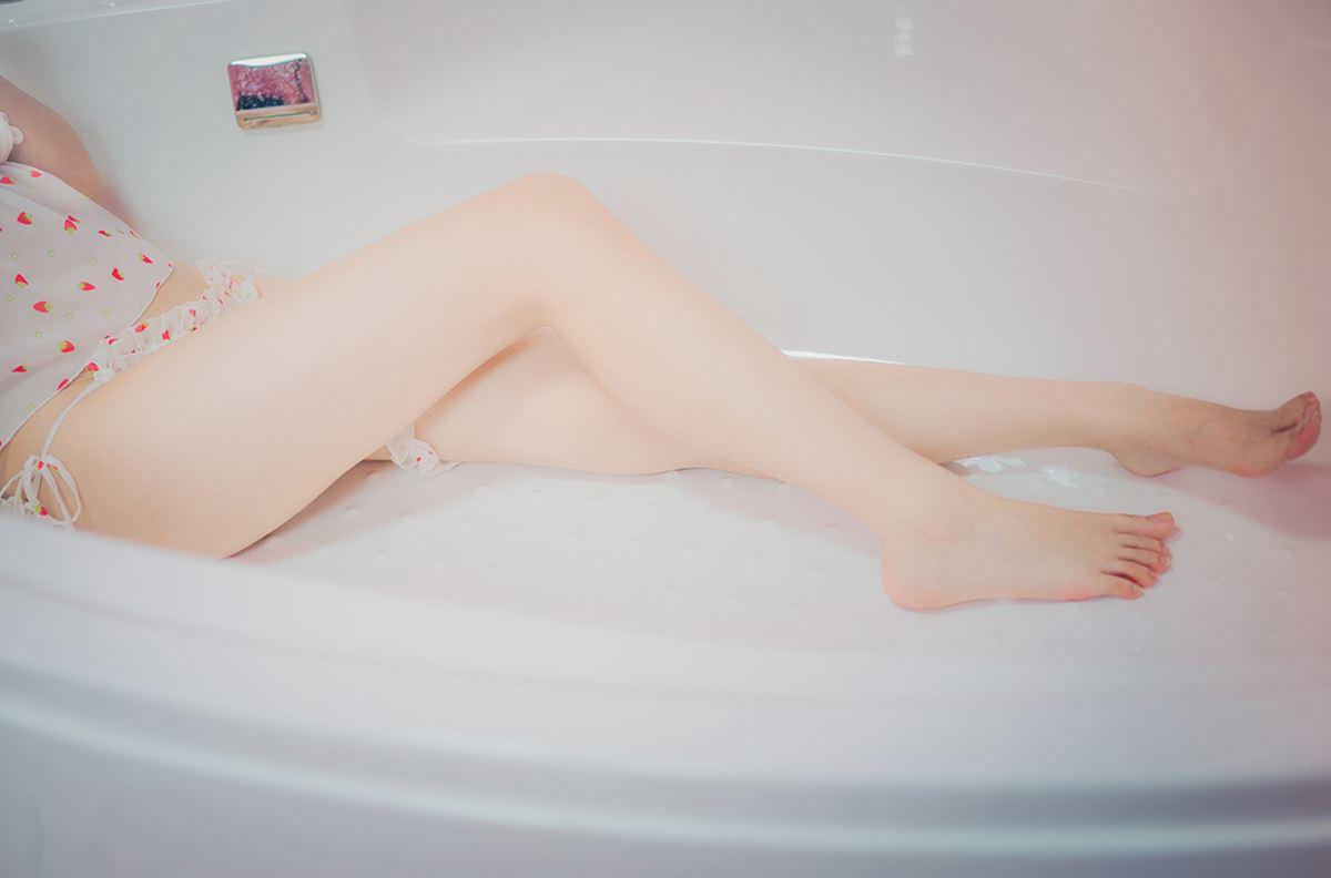 风之领域-0168-双马尾妹子浴缸嬉戏-宅男团