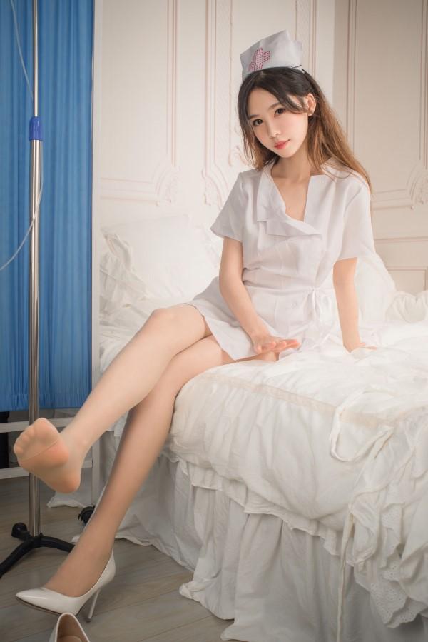 网红coser-抖娘利世-俏皮小护士[41P/239MB]-宅男团