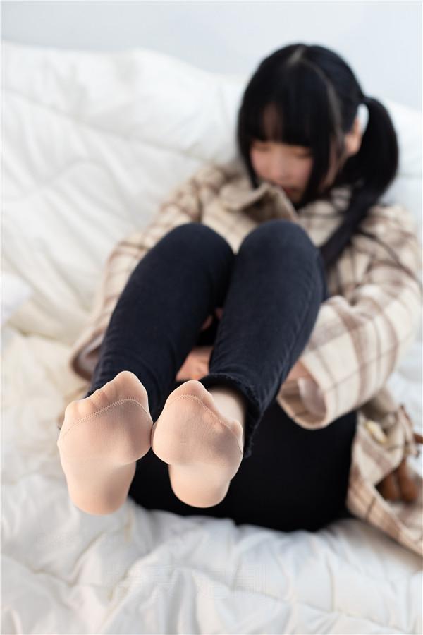 森萝财团-ALPHA-018-肉丝脚[121P/1.56GB]-宅男团