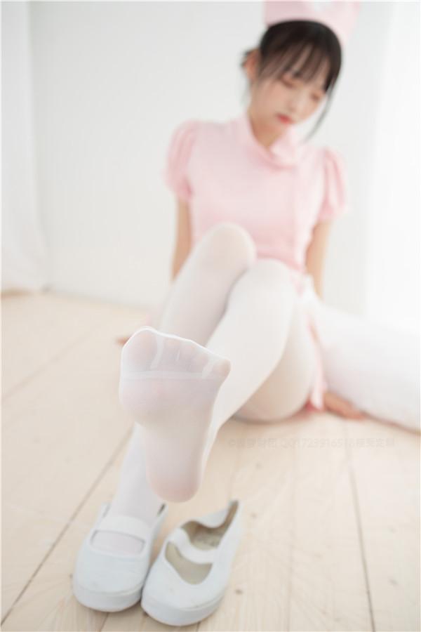 森萝财团-ALPHA-020-cos护士白丝[115P/1.39GB]-宅男团
