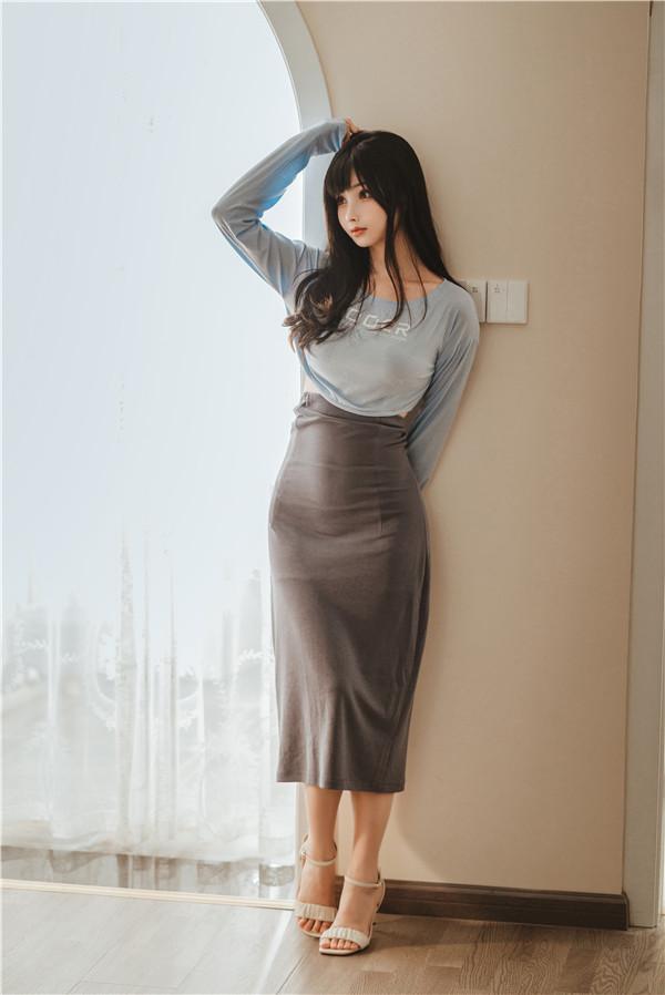 网红coser-rioko凉凉子-吉他妹妹[45P/1V/1.26G]-宅男团