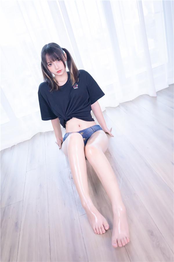 网红coser-神楽坂真冬-牛仔狂热女孩[150P/2V/804MB]-宅男团